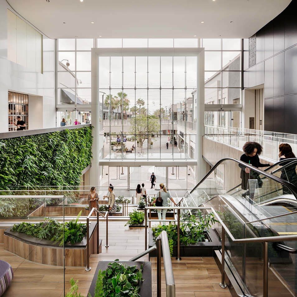 Del Amo Fashion Center Living Wall by Habitat Horticulture - View 3
